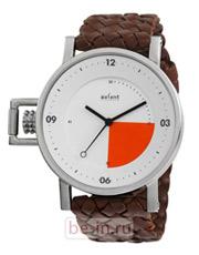 Часы наручные с круглым циферблатом, магазин Axcent of Scandinavia