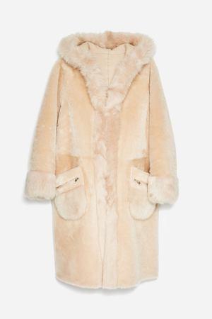 96b86241bbfc Магазин Uterque – каталог одежды, официальный сайт и адреса ...