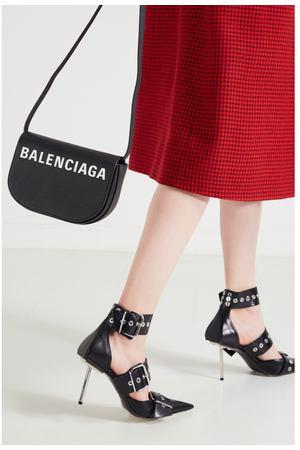 39b681c2e9e1 Каталог Balenciaga – купить коллекцию Баленсиага осень 2019 - зима 2020