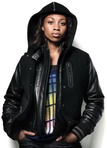 Самые модные женские курточки, пуховики, ветровки осень 2011 - зима 2012...