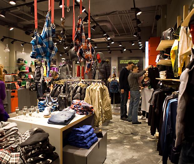 В Санкт-Петербурге открылся новый магазин Puma - www.be-in.ru 230a38431eb