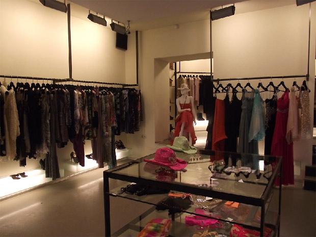 3ae4f86db2d Стильная одежда для девушек  Модные магазины одежды