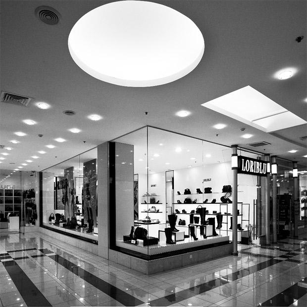 579f7d728b1d Открылся первый монобрендовый бутик LORIBLU в Санкт-Петербурге - www ...