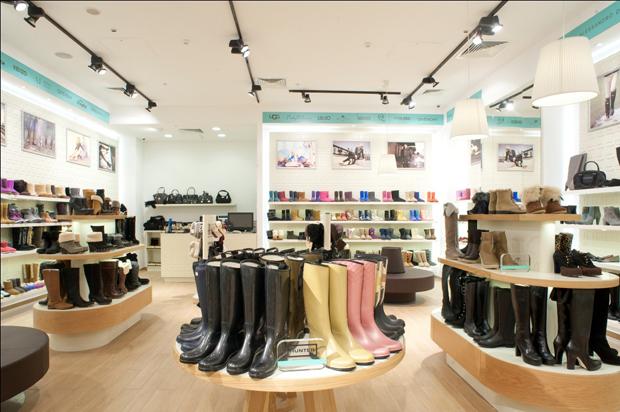 Магазин спортивной и туристической обуви Купить кроссовки