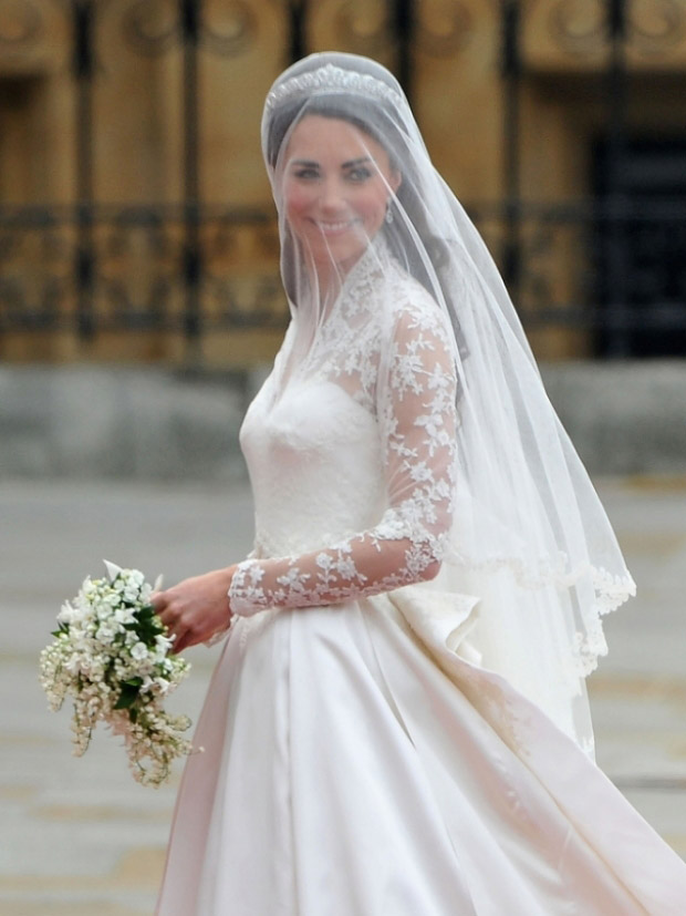 Kate Middleton or Grace Kelly? Свадебные платья Кейт Миддлтон и Грейс Келли