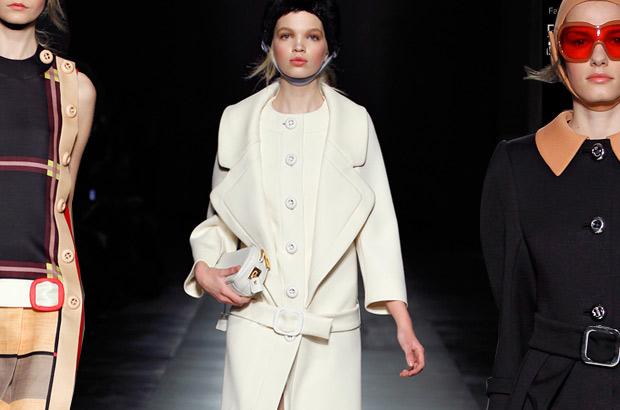 Прада одежда 2012 работа моделью японии