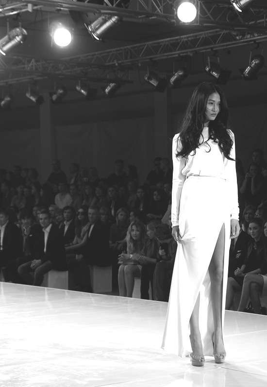 Показ Александра Терехова на Aurora Fashion Week 2011