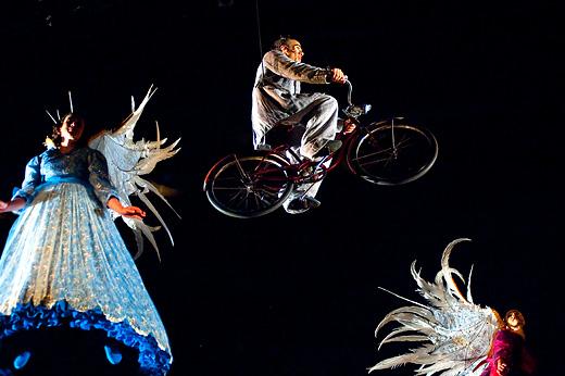 Цирк дю солей. Cirque du Soleil. Шоу Corteo. Москва, Санкт-Петербург, Казань 2010