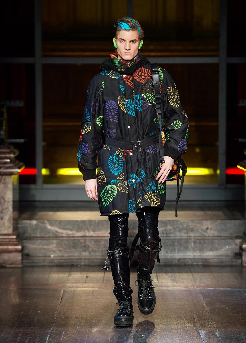 Moschino осень зима 2016 2017 elisabetta franchi магазин одежды