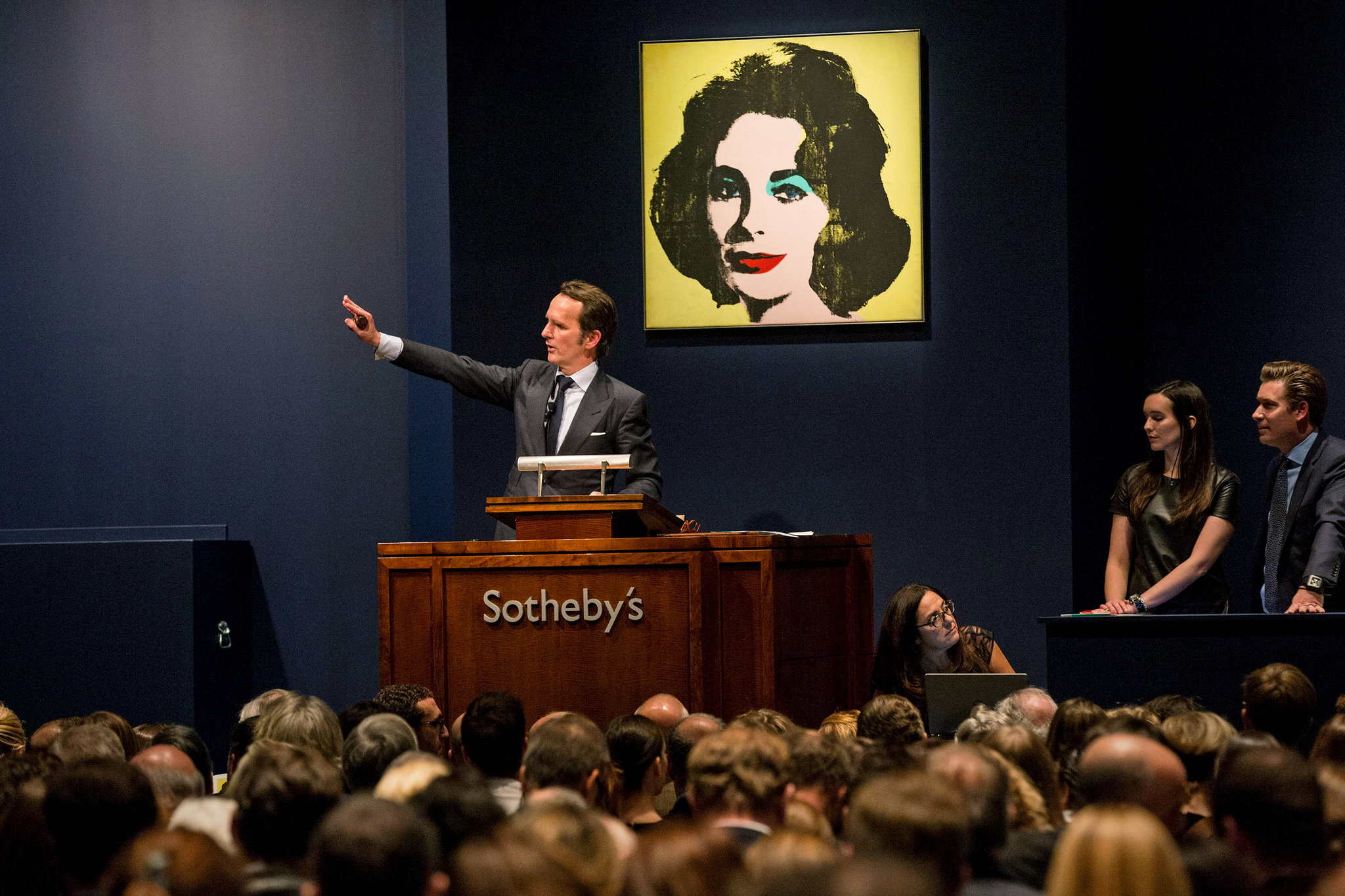 sothebys christies auction house scandal - HD2048×1365