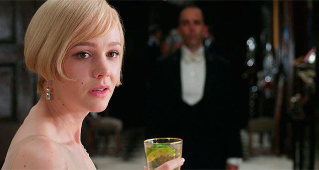 a comparison of the two characters daisy buchanan and nicole diver in the novels the great gatsby an Compare diver and gatsby compare and contrast the presentation of the characters of jay gatsby and dick diver note especially their attitudes to life, love and relationships, their demise and the roles they play within their respective novels.