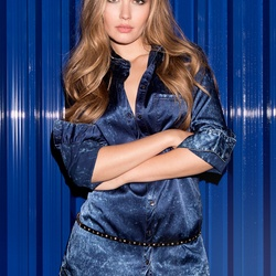 GUESS   Sexy Jeans, Fashion Clothing & Accessories for