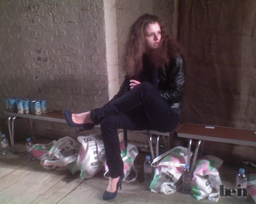 Mobiphoto: Neverending story - models and shoes